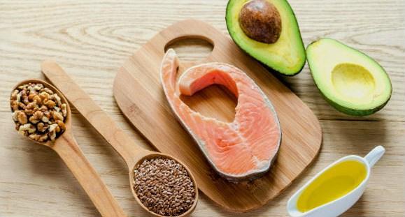 Dimagrire con la dieta chetogenica, ecco cosa sapere